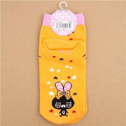Imagen 3 de calcetines con conejitos rosa y un lazo