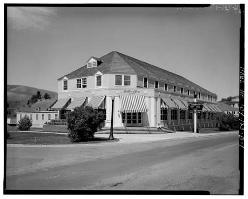 Photo Mammoth Motor Inn Cafeteria Museum Hot Springs