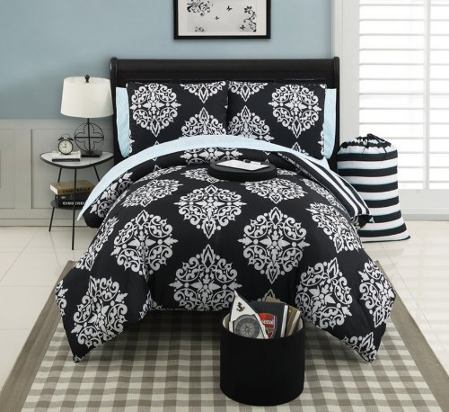 Victoria Classics Bedding front-1026751
