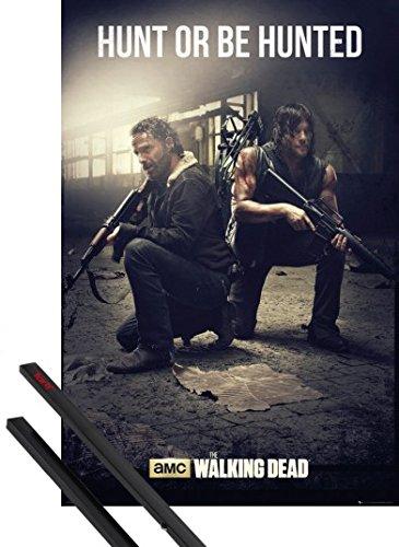 poster-soporte-the-walking-dead-poster-91x61-cm-hunt-or-be-hunted-y-1-lote-de-2-varillas-negras-1art