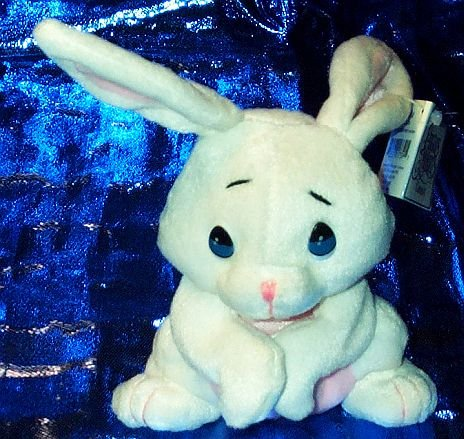 Precious Moments Pals - Snowflake White Bunny - 1