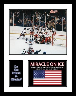All About Autographs Inc. AAA-50054 1980 USA Olympic Hockey Team Framed Photograph Miracle on Ice Milestone College
