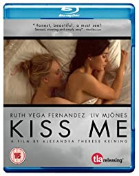 Kiss Me ( 2011 ) ( Kyss mig ) ( With Every Heartbeat ) [ Blu-Ray, Reg.A/B/C Import - United Kingdom ]