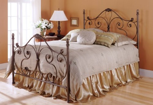 Aynsley Bronze Finish Metal Queen Bed w/Bed Frame Head & Footboard