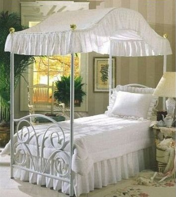 Twin Canopy Bed Ensemble in Fantasy Eyelet with Fantasy Eyelet Canopy Bed Top