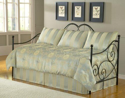 Daybed Comforter Set front-956345