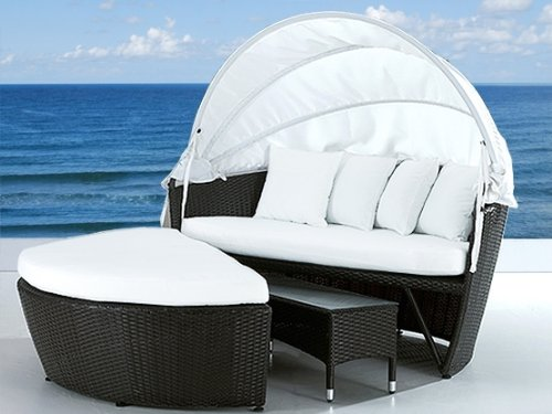 Daybed With Canopy