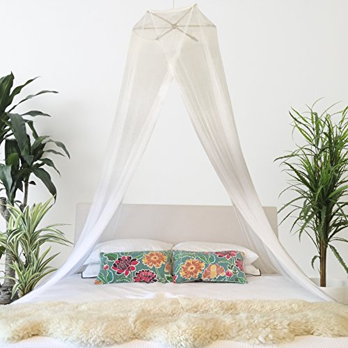 BOHO AND BEACH Quality Mosquito Net Bed Canopy - Queen Size + Bonus Hanging Paper Pom Pom Decorations ...  sc 1 st  Anna Linens & AND BEACH Quality Mosquito Net Bed Canopy - Queen Size + Bonus ...