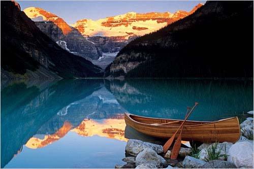 Canoe On Lake Louise Poster Print, 36x24