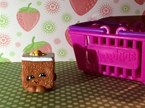 Shopkins Season 2 #2-037 Carrie Carrot Cake (Rare)