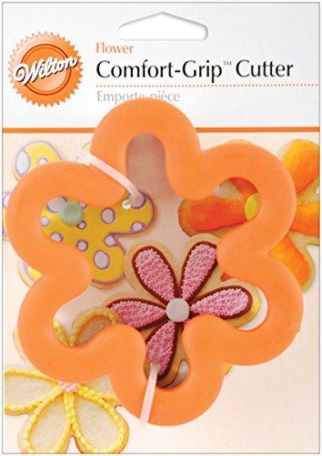 "Wilton Comfort-Grip Cookie Cutter: 4"" Flower"