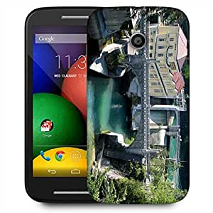 Snoogg Lake View Houses Designer Protective Phone Back Case Cover For Motorola E / Moto E