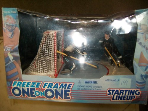 "Freeze Frame One on One Starting Lineup 1998 Series ""Modano Vs. Veron"""