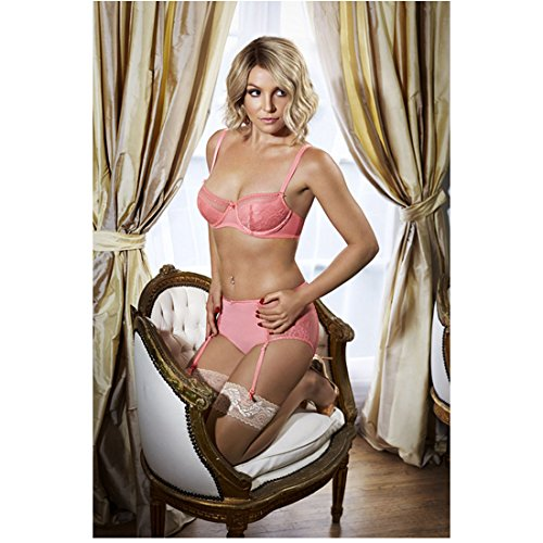 britney-spears-modeling-in-pink-undies-on-chair-8-x-10-inch-photo