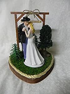 Amazon.com: Western Wedding Cake topper Git N Hitched Sign