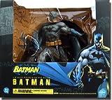 Batman Deluxe Vinyl Statue