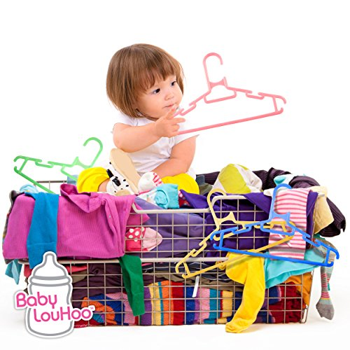 Clothes hangers standard baby infant and toddler size for Baby clothes size organizer