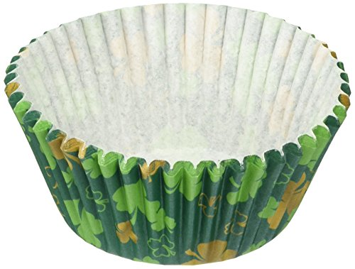 Wilton 75 Count St. Patrick's Cup, Standard, Multicolor (Shamrock Cake Pan compare prices)