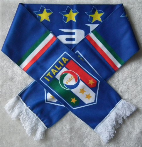 ITALY ITALIA BADGE LOGO FOOTBALL SOCCER SCARF at Amazon.com