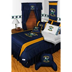 Notre Dame Fighting Irish QUEEN Size 15 Pc Bedding Set (Comforter, Sheet Set, 2... by Sports Coverage