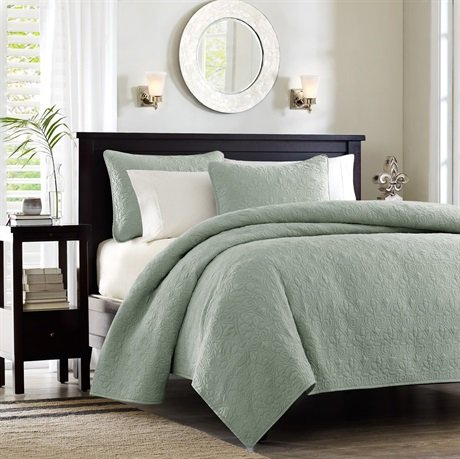 Queen Size Bedspread Dimensions 2052 front