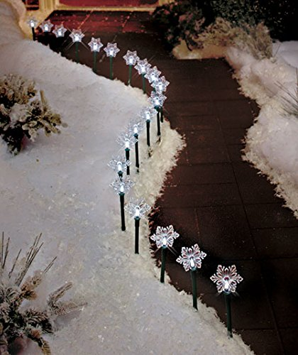 solar lighted snowflake stake pathway