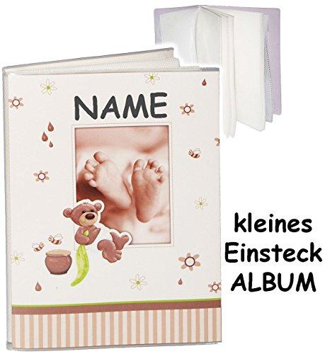kleines-einsteckalbum-memoalbum-fotoalbum-susser-teddy-bar-babyfusse-incl-name-kinderalbum-bis-zu-32