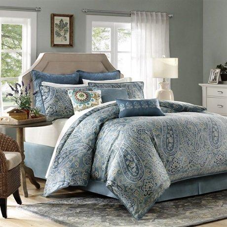 Down Comforter Queen front-1053673