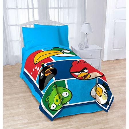 Angry Birds Plush Throw: 46 Inch x 60 Inch, Soft and Warm - 1