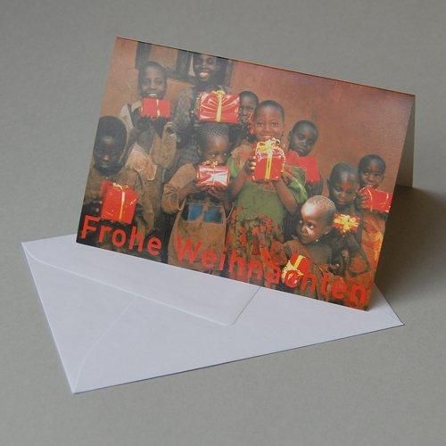 Weihnachtskarte mit Spendenanteil für burundikids: Kinder mit Paketen, Klappkarte mit weißem gefüttertem Umschlag