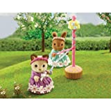 Sylvanian Maypole and Dancers