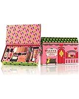 BENEFIT COSMETICS Sexy & scrumptious - sweet seduction makeup kit