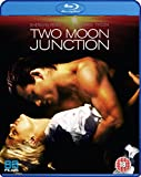 Two Moon Junction [PAL] [Blu-ray]