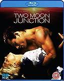 Two Moon Junction (Region Free) [PAL] [Blu-ray]