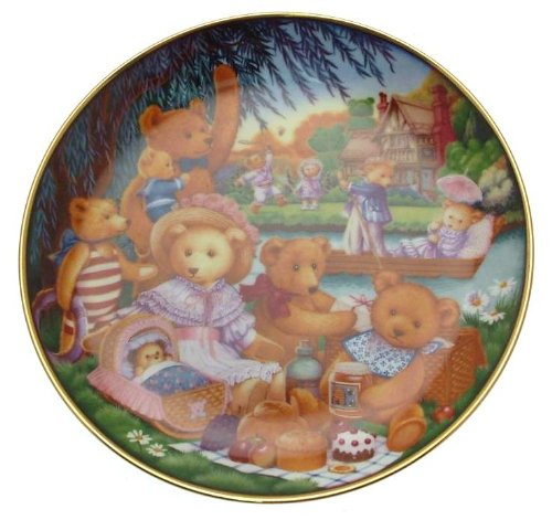 Franklin Mint Teddy bear plate A Teddy Bear Picnic Carol Lawson - CP1784 - 1
