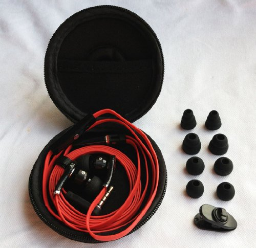 3.5Mm Black&Red In-Ear Headphone Earphone Headset Plug With Volume Remote Control & Mic Extra Earbuds A Case Clipper For Iphone 3 3G 4 4S 5 Ipad Ipod Itouch
