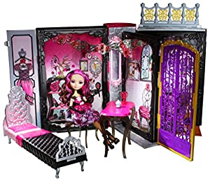Ever After High Thronecoming Accessory and Briar Beauty Set