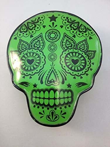 Skull Shaped Box - Lacquered Magnetic Closure Keepsake Box - Green - 1