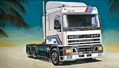 Italeri-510000788-124-IT-DAF-95-Master-Truck-Zug-Maschine