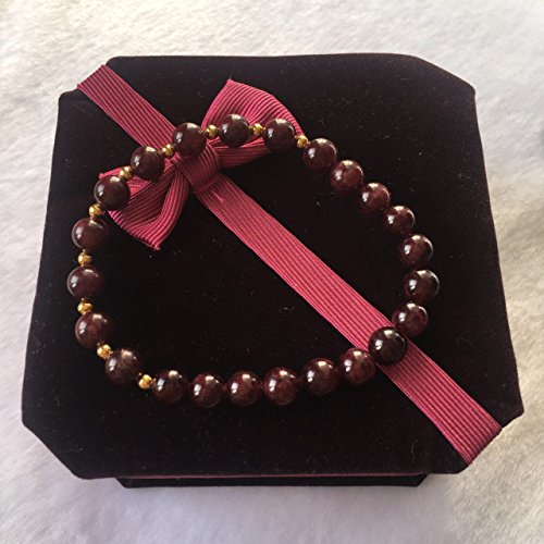 natural-gemstone-beads-red-garnet-bracelet-with-gold-beads