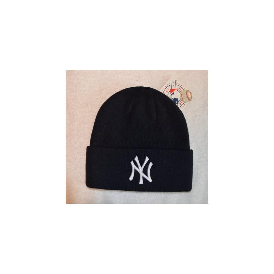 d5d3eecd17e New York Yankees Blue Beanie Hat MLB Cuffed Winter Knit Cap on PopScreen