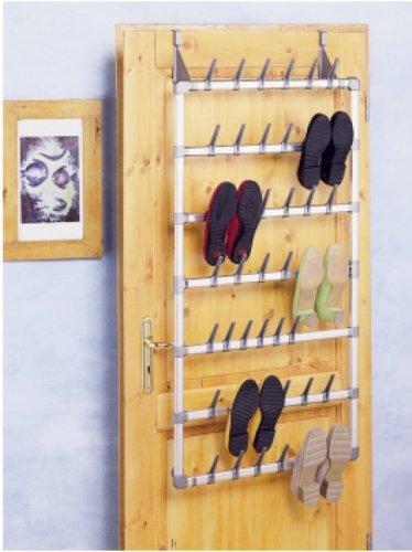 wie und wo kann ich zuhause meine schuhe aufbewahren. Black Bedroom Furniture Sets. Home Design Ideas
