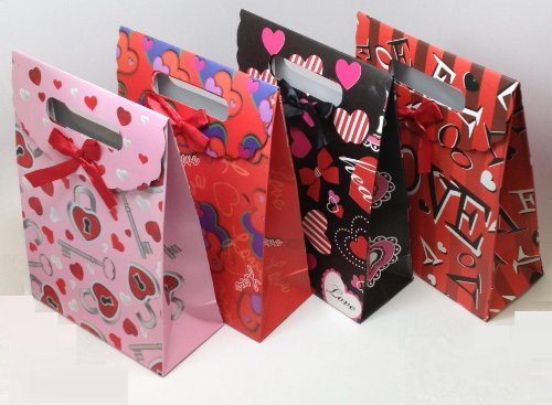 Medium Foldover Valentine Gift Bag with Diecut Handles; 12 Pack