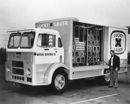 photo-print-lucky-lager-beer-truck-8-x-10