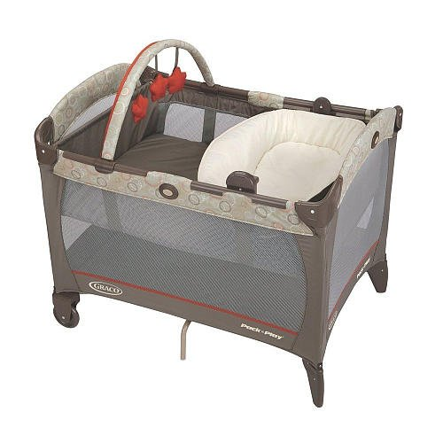 Graco Pack N Play With Reversible Napper Changer Play Yard Forecaster front-898354