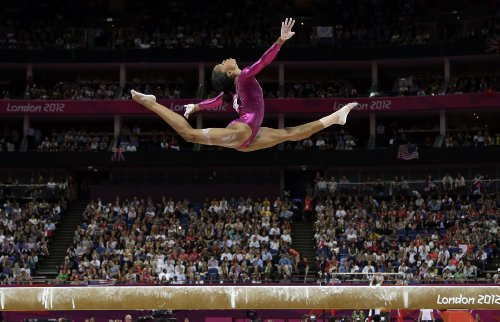 Gabby-Douglas-Poster-24x36-inches-Olympics-Champion-Gymnast-High-Quality-Gloss-Print-107