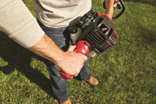 Troy-Bilt TB525 EC 29cc 4-Cycle 17-Inch Curved Shaft Trimmer with JumpStart Technology