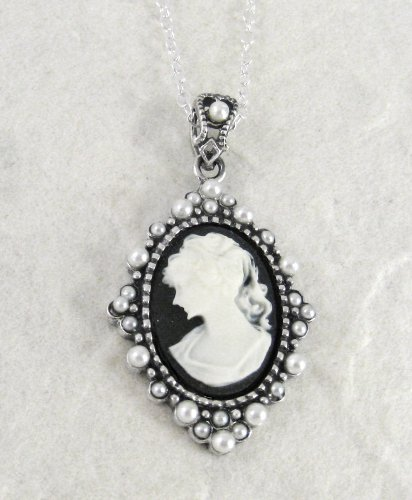 Sterling Silver Elegant Black Cameo and Pearlized Beads Frame Pendant Necklace, 16-18