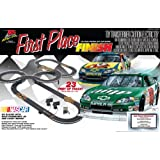 Life Like NASCAR First Place Finish Electric Slot Car Race Set ~ Walthers, Inc.