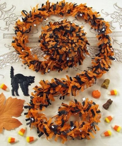 [Halloween FESTOONING Orange Black Garland 25 Feet Great for Vintage Retro Décor] (Vintage Blow Up Halloween Costumes)